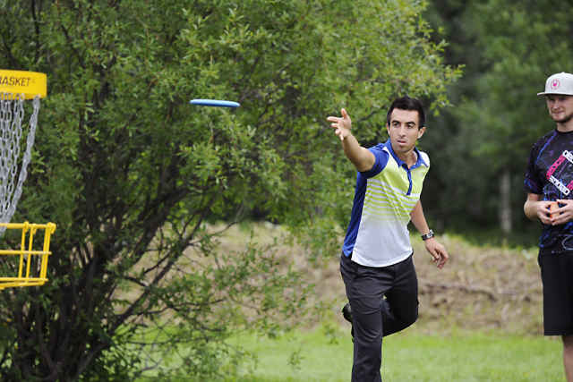 Paul McBeth uses the destroyer